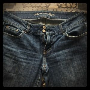 American eagle sz8 artist flare jeans 👖GUC